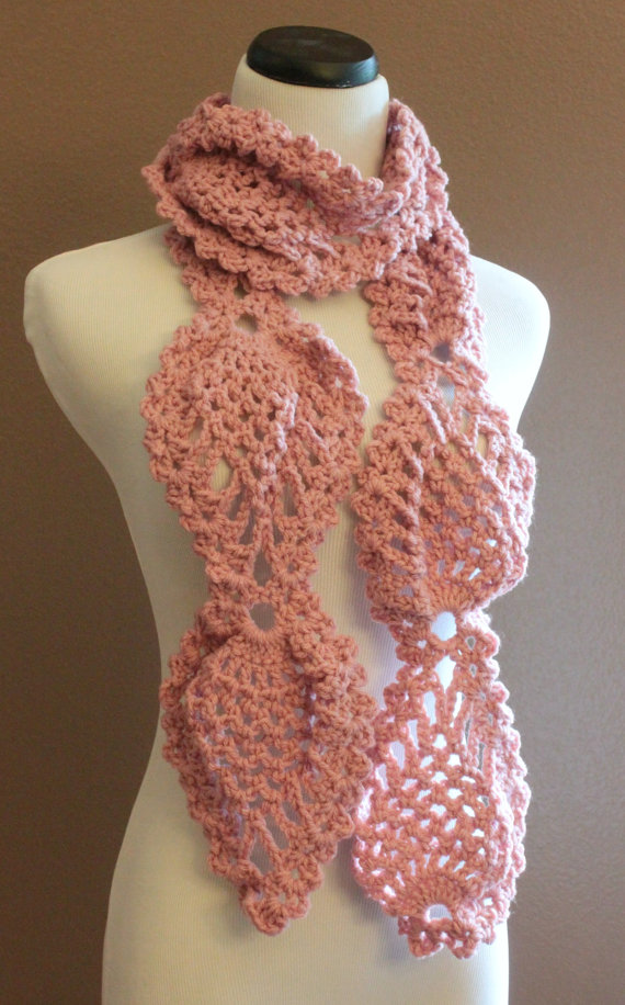 Free Crochet Pattern For Chunky Scarf : Pink Chunky Crochet Scarf Pineapple Lace Motif on Luulla